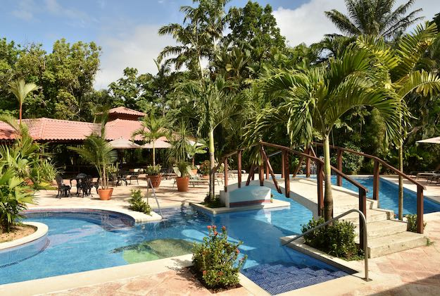 mawamba lodge tortuguero pool and restaurant