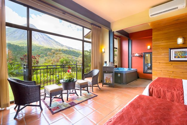 Kioro suites hotel arenal costa rica volcano view rooms