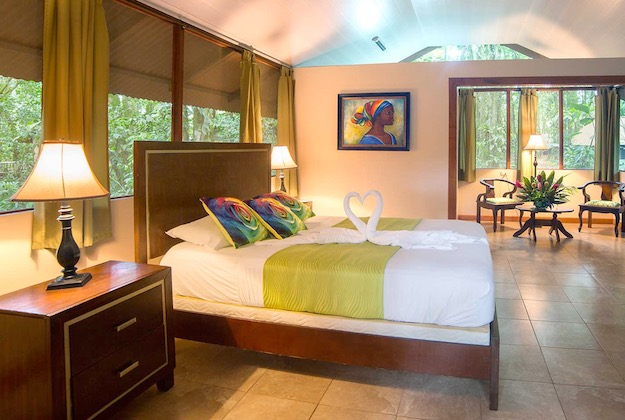 evergreen lodge tortuguero costa rica double room