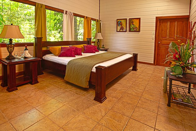 evergreen lodge tortuguero costa rica standard room