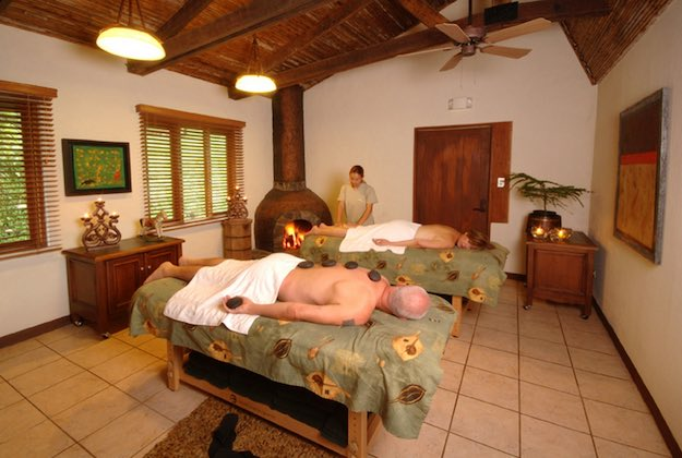 villa blanca cloud forest hotel costa rica massages