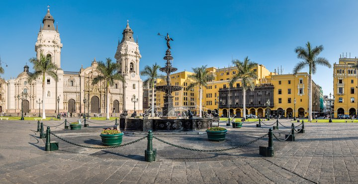plaza mayor lima city tour