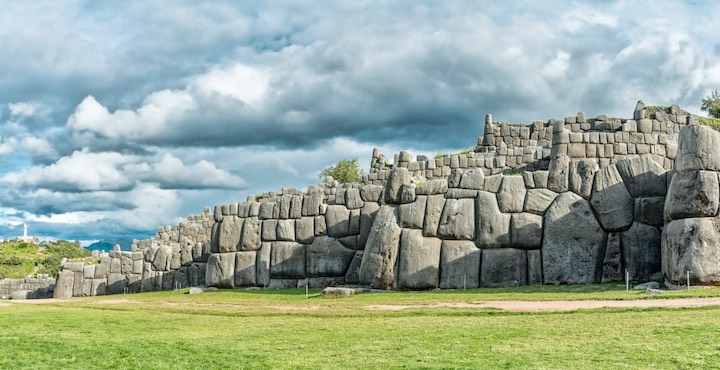 sacsayhuaman ruins outside cusco peru