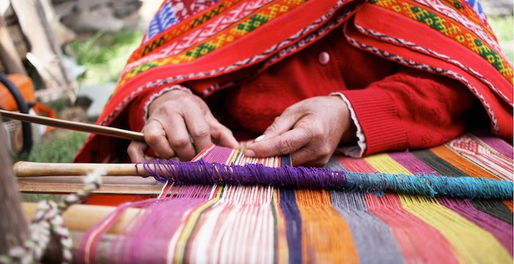 traditional weaving in the sacred valley peru