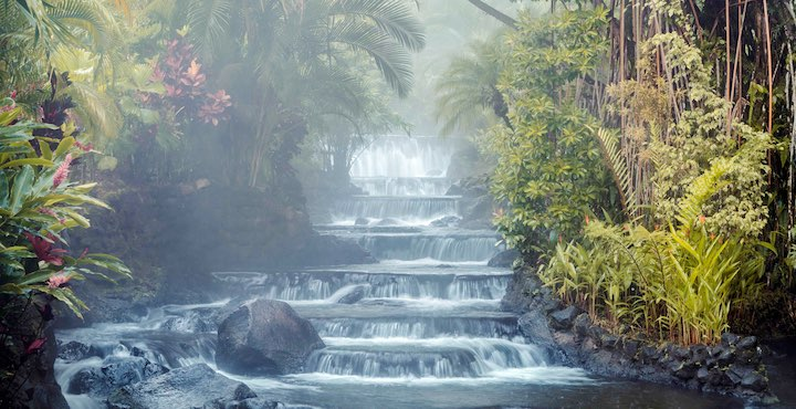 the tabacon hot springs in arenal