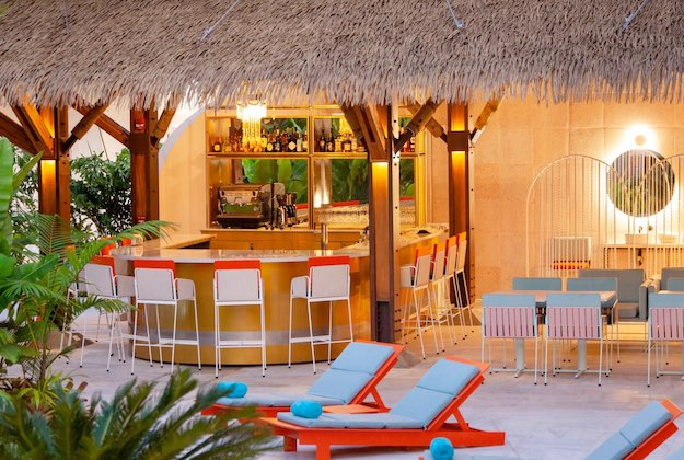 hotel aguas claras papaya restaurant and bar
