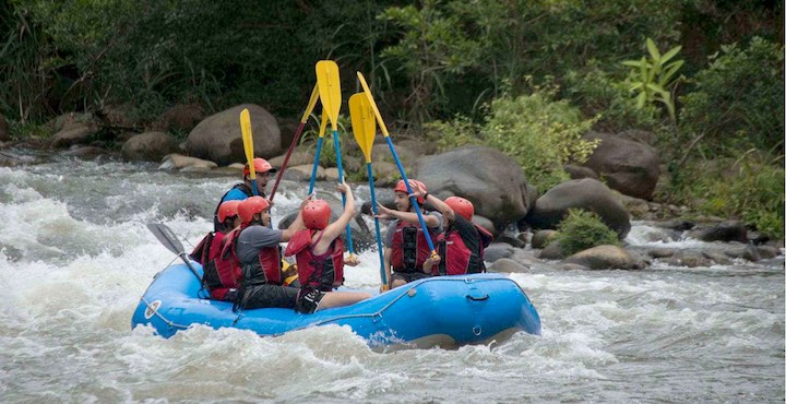 rafting on the sarapiqui river
