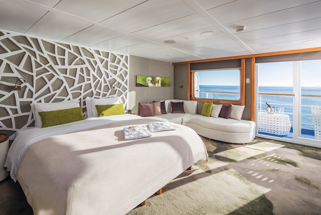galapagos legend balcony suite